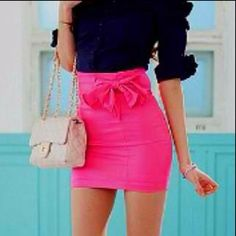 aghhh the bow and the shade of pink. i just need it.