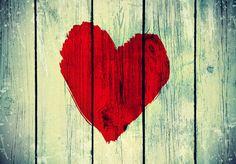 Il potere dell'amore è immenso, esso è stato capace di demolire il più alto muro che l'uomo abbia mai eretto intorno a sé, non solo quelle fisiche.