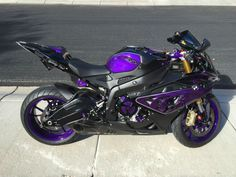Perfect Purple Spooky Fast BMW S1000RR