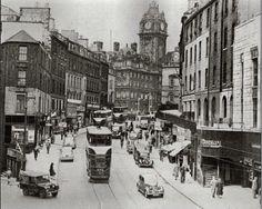 Old Edinburgh - Leith Walk junction with Princes St Old Town Edinburgh, Visit Edinburgh, Edinburgh Scotland, Hibernian Fc, Island Nations, Old Photos, Vintage Photos, Historical Photos, Black And White Photography