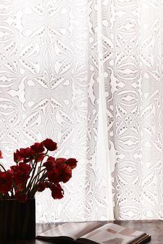 Cut off white curtains Roberta Roller Rabbit http://robertarollerrabbit.com/catalogsearch/result/?q=curtain  #RobertaRollerRabbit #RRR #curtain #white