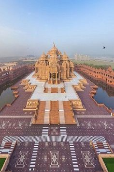 Temple - Click Here For More Amazing Places #temple #amazingplaces #places #landscape #buildings #amazingbuildings #travel #pixabay #traveltips