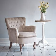 Roberta Tufted Chair - Beige Velvet