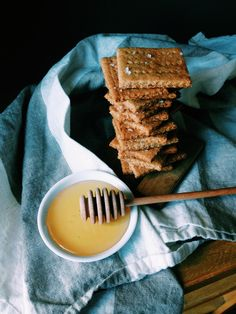 Whole Wheat Almond Meal Graham Crackers - Salt & Smoke Sweet Recipes, Whole Food Recipes, Cooking Recipes, Healthy Cooking, Healthy Eats, Almond Recipes, Gluten Free Recipes, Healthy Recipes, Almond Meal