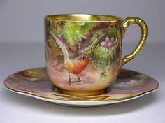 vintage 'Royal Worcester' English china tea cup and saucer, for tea at Rose cottages and gardens Tea Cup Set, My Cup Of Tea, Tea Cup Saucer, Tea Sets, Antique Tea Cups, Vintage Cups, Teapots And Cups, Teacups, China Tea Cups