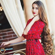 Another wanted a shoulder blade length cut. And lose all This length. We straight her hair. Very Long Hair, Long Curly Hair, Curly Hair Styles, Beautiful Long Hair, Gorgeous Hair, Pretty Hairstyles, Girl Hairstyles, Foto Instagram, Wild Hair
