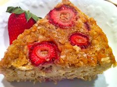 Strawberries and Cream Baked Oatmeal – The Fountain Avenue Kitchen What's For Breakfast, Breakfast Items, Breakfast Recipes, Dessert Recipes, Baked Strawberries, Strawberries And Cream, Strawberry Oatmeal, Baked Oatmeal, Oatmeal Cake