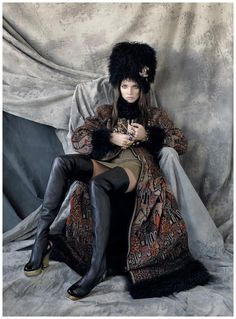 Natalia Vodianova as Penelope Tree Vogue US (May 2009) – The Great Pretender by Steven Meisel