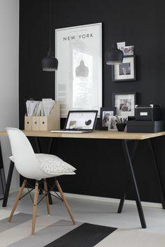 Büroeinrichtung Büromöbel Schreibtisch aus Holz                                                                                                                                                      Mehr