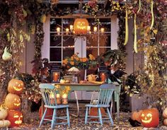 Halloween luncheon in the countryside.