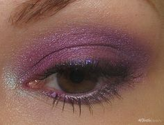 Effie Trinket - inspired eye make-up!