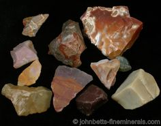 Group of Jasper Specimens from Noumea, New Caledonia Minerals And Gemstones, Crystals Minerals, Rocks And Minerals, Crystals And Gemstones, Stones And Crystals, Gem Stones, Mineral Chart, Rock Science, Rock Identification