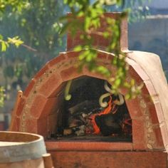 Build a pizza oven in your backyard!