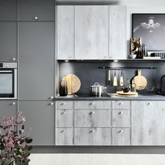 Black Red White - Senso Kitchens - 97th West Street   #brw #blackredwhite #kitchen #kitcheninspiration #kitchendesign #inspiration #home #homedecor #cooking #trend #grey #furniture #silver #interior #interiordesign #decor #decoration #modern