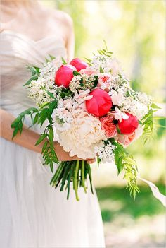 bright pink and white bouquet by Botanic Art Floral