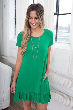 Shop our Beachy Keen Knit Dress in Kelly Green. Pair with sandals and a pendant necklace for a chic and comfy look! Always free shipping on all US orders.