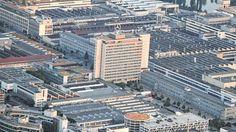 Werk Untertürkheim: Daimler will in Stuttgart 1 Milliarde Euro investieren http://www.bild.de/regional/stuttgart/daimler-ag/daimler-investiert-in-stuttgart-untertuerkheim-40206416.bild.html