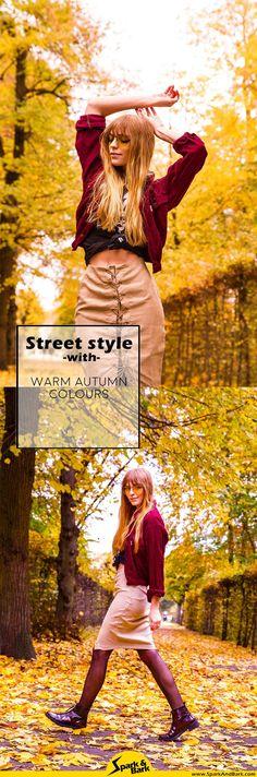 Herbstfarben Streetstyle mit Bandshirt und Wildleder Rock, 70s Vibes Outfit Fashionblogger