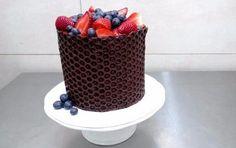 ИДЕЯ!!! Потрясающий декор для торта или кулича из любимой всеми пузырчатой плёнки
