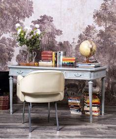 #Escritorio #oficina #teletrabajo #mesadespacho #work #mueblesrestaurados #escritoriovintage #interiores #decoracion #mueblesconhistoria #restauraciondemuebles #reciclar #mueblesmadrid #tiendaonline #estiloantique #mueblesantique #madrid Office Desk, Furniture, Home Decor, Wooden Desk, Old Desks, Refurbished Furniture, Furniture Restoration, Solid Wood, Desk Office