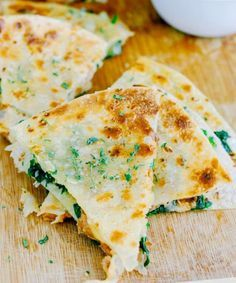 Veggie Quesadillas | Easy Vegetarian Recipes | https://homemaderecipes.com/26-homemade-vegetarian-recipes/