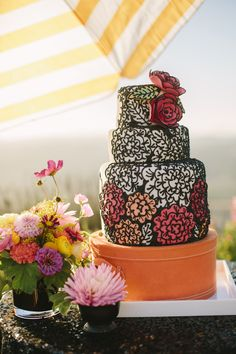 black, white, and red wedding cake // photo by DanielleCapitoPhotography.com // cake from Couture Cakes by Brianna