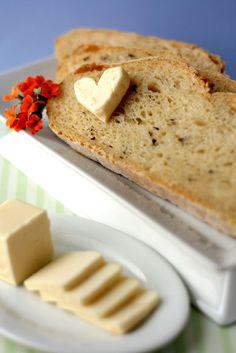 Basil, Garlic and Feta Bread.