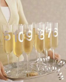 countdown toast via martha #holidayentertaining #nye