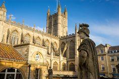 Bath, una ciudad que aún conserva unas termas romanas que pasan por ser uno de los lugares que hay que ver en Inglaterra.