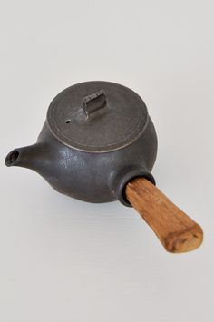 Japanese Teapot - handcrafted by Katsufumi Baba.