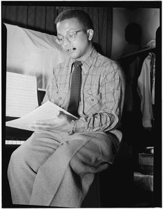 [Portrait of Billy Strayhorn, New York, N.Y., between 1946 and 1948].  Photo by William P. Gottlieb. William P. Gottlieb Collection, Library of Congress Music Division.
