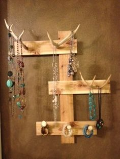 Items similar to Deer Antler Jewelry Holder on Etsy - Cute idea. Definitely will paint the antlers or wrap them in colored twine so they're not quite s - Diy Jewelry Holder Frame, Antler Jewelry Holder, Deer Antler Jewelry, Antler Art, Jewelry Hanger, Jewlery, Tiffany Jewelry, Antler Crafts, Deer Decor