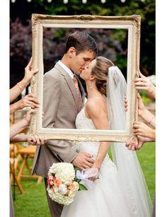 Trompe l'oeil - Mariage : 10 idées de photos de couple originales - Femme Actuelle