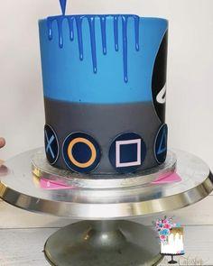 Dessert Games, Cake Games, Cake Decorating Techniques, Cake Decorating Tips, Choc Drip Cake, Playstation Cake, Cake Designs For Boy, Xbox Cake, Video Game Cakes