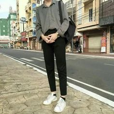 Korean Fashion Trends you can Steal – Designer Fashion Tips Korean Fashion Men, Kpop Fashion, Asian Fashion, Mens Fashion, Fashion Outfits, Korean Outfits, Trendy Outfits, Cool Outfits, Aesthetic Fashion
