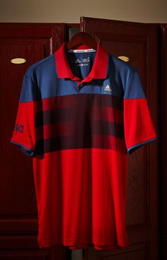 The adidas climachill American Stripe Polo shows off your national pride with style. | Golf Galaxy