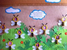 Cute paper crafts for kids Decoration Creche, Board Decoration, Class Decoration, School Decorations, Fun Easy Crafts, Paper Crafts For Kids, Diy And Crafts, Birthday Charts, Art N Craft