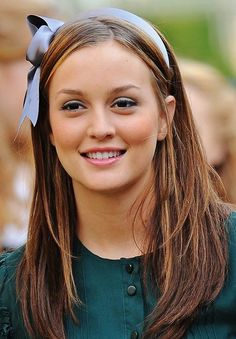 Blair Waldorf brought the sexy back to the headbands. Seriously!