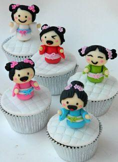 Koshi dolls #cupcakes  www.facebook.com/anafujisugarart
