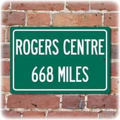 Our personalized Highway Distance Sign to the Rogers Centre is the perfect gift for your favorite Toronto Baseball or Football fan! Printed on .032