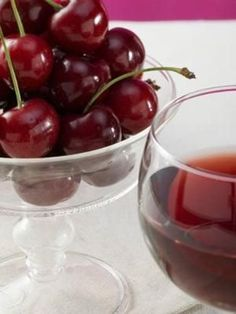 Tart Cherry Juice | reduce pain and inflammation, may offer protection against gout, natural melatonin - potent antioxidant w/ immunomodulation properties, benefits autoimmunie neurodegenerative disease & connective tissue disease - rheumatoid arthritis & diabetes. by melba