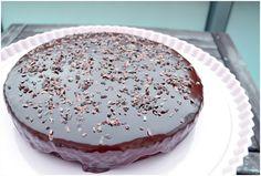 Chocolate Coke Cake  http://sarahskrisenherd.blogspot.de/2012/11/schoko-cola-kuchen-fur-echte.html