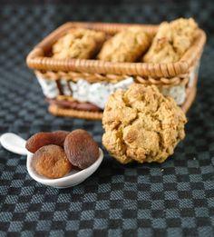 Hot from my oven: Apricot Rock Buns Vegetarian Cake, Creme Brulee, Buckwheat, Buns, Baked Goods, Rock Cakes, Biscuits, Oven, Cookies