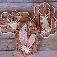 Wood plank deer head floral cookies