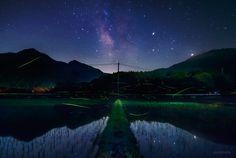 KAGAYA @KAGAYA_11949  6月19日 梅雨本番に入ったようで、わたしの今年のホタル追っかけも終了です。 星空の下でたくさんの蛍火に囲まれた夜。また来年。