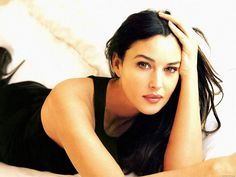 Monica Bellucci about life, about women and cinema 18