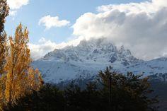 Hasta la Patagonia y más allá! - http://tangletown4.com/hasta-la-patagonia-y-mas-alla/ - Y llegamos. A la inmensa, la magnífica, la espectacular Patagonia. En realidad, la Patagonia chilena empieza en Puerto Montt pero a Benjamín se le pasó mencionar este detallito, entonces me toca a mi la dicha de hablar de él. Me tendré que disculpar: será un relato corto porque las palabras se quedan cortas para describir […]   #overlan