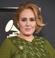 This is every single makeup product Adele wore on her face at last night's Grammys - CosmopolitanUK