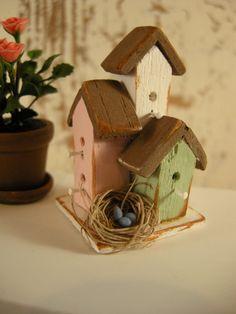 decorative dollhouse bird house