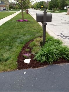 edging and mulching your beds on a budget
